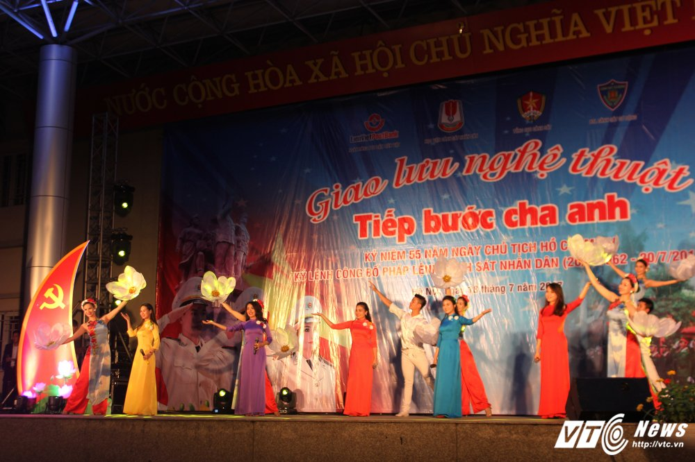 Thieu nu Lao mua Cham pa say long nguoi hinh anh 15