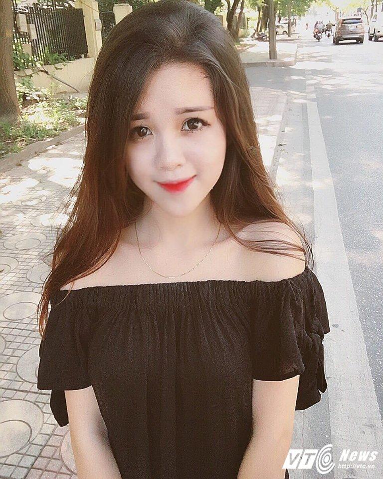 Hot girl lai Tay cua Hoc vien Bao chi tu tin thi Imiss Thang Long hinh anh 2
