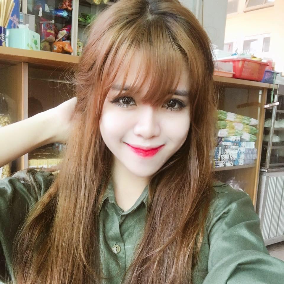 Hot girl lai Tay cua Hoc vien Bao chi tu tin thi Imiss Thang Long hinh anh 4