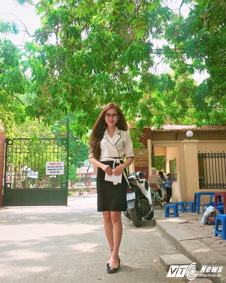 Hot girl lai Tay cua Hoc vien Bao chi tu tin thi Imiss Thang Long hinh anh 6
