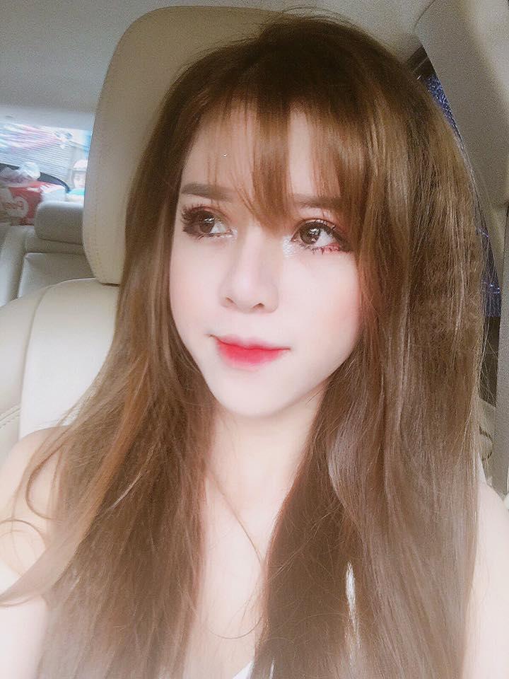 Hot girl lai Tay cua Hoc vien Bao chi tu tin thi Imiss Thang Long hinh anh 8