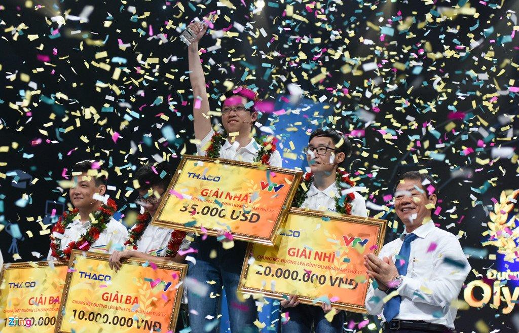 Anh: Khoanh khac dang quang Duong len dinh Olympia cua 'Cau be Google' Phan Dang Nhat Minh hinh anh 12