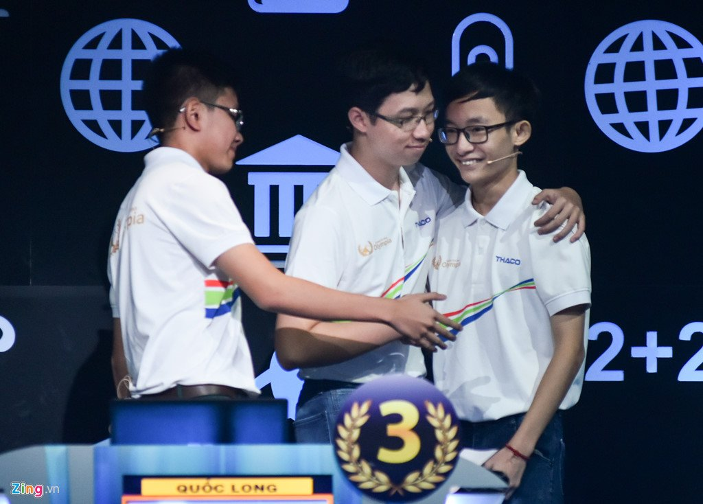 Anh: Khoanh khac dang quang Duong len dinh Olympia cua 'Cau be Google' Phan Dang Nhat Minh hinh anh 9