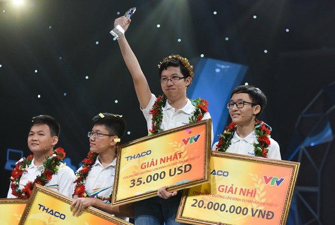 Phan Dang Nhat Minh dung tien thuong lam gi sau khi vo dich Duong len dinh Olympia 2017? hinh anh 1