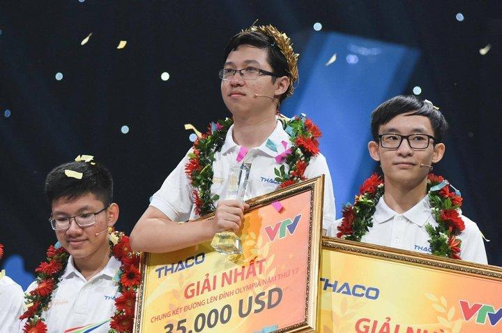 'Cau be Google' vo dich Duong len dinh Olympia 2017 nhan hoc bong 35.000 USD cua DH Swinburne hinh anh 1
