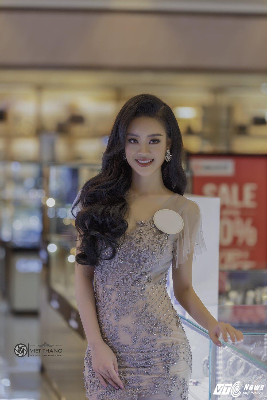 Hot girl DH Phong chay chua chay Hoang Hai Thu: Guong mat trien vong tai cuoc thi HHHV 2017 hinh anh 1