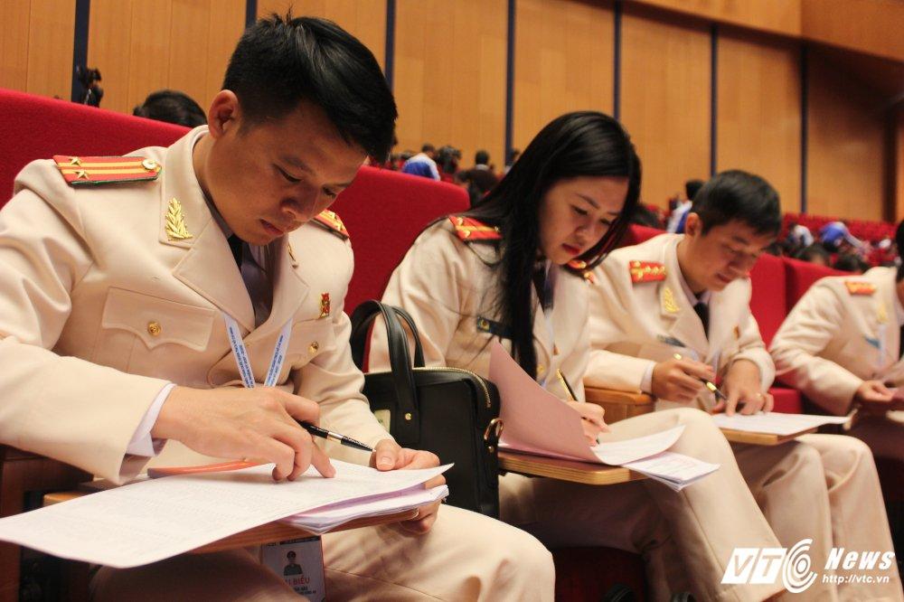151 nhan su duoc bau vao BCH Trung uong Doan khoa XI hinh anh 5