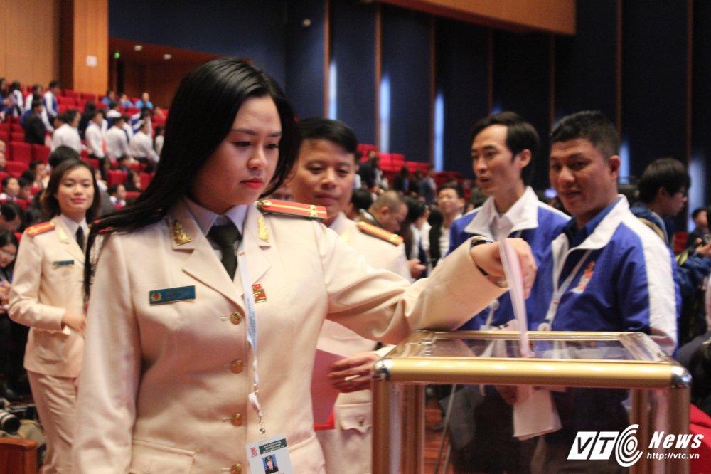 151 nhan su duoc bau vao BCH Trung uong Doan khoa XI hinh anh 16