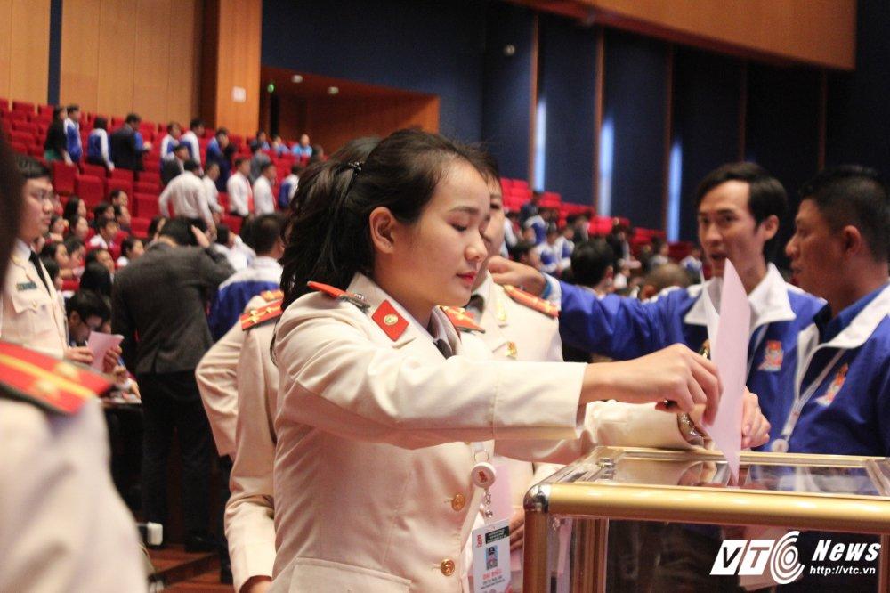 151 nhan su duoc bau vao BCH Trung uong Doan khoa XI hinh anh 15