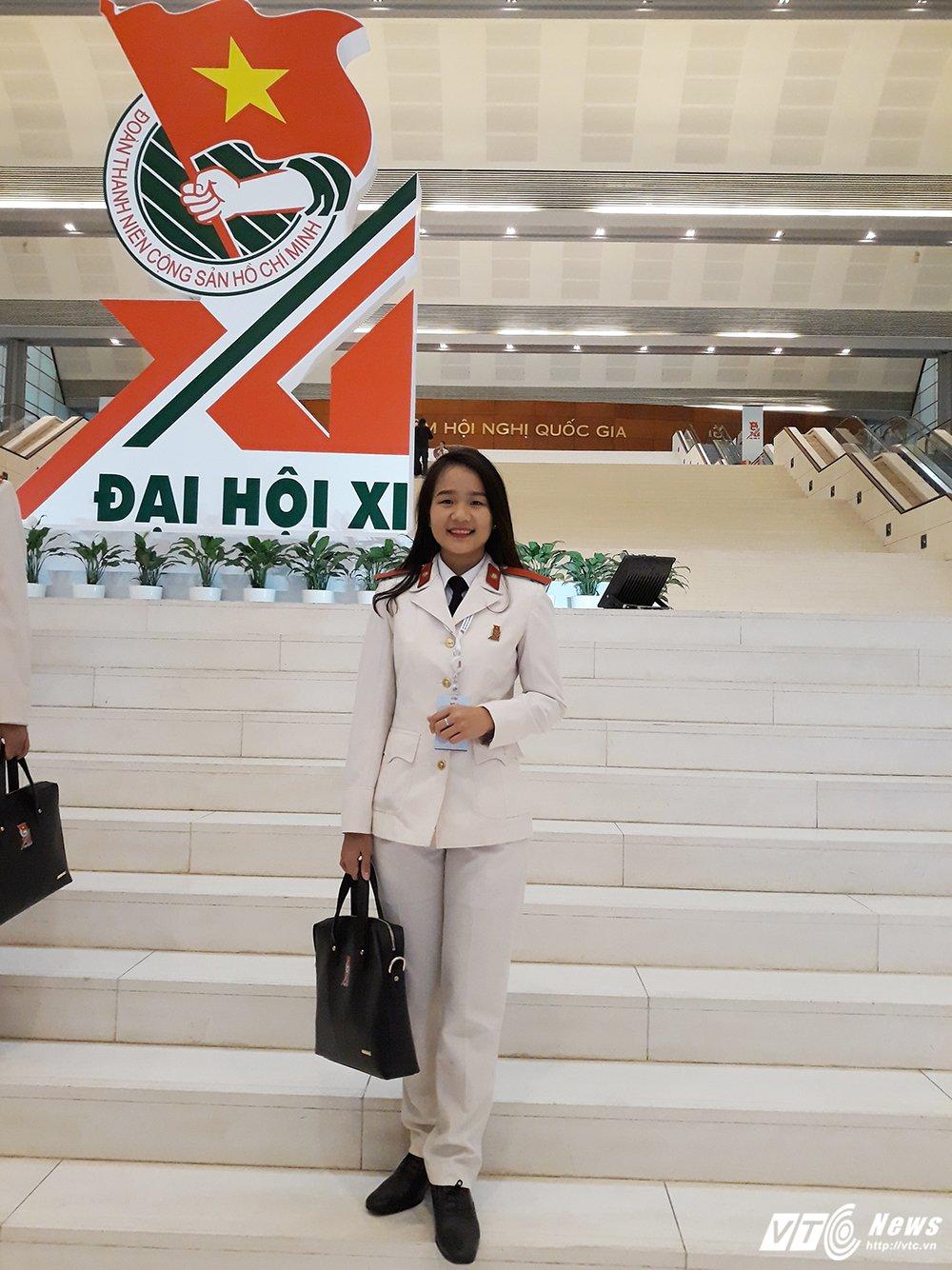 Chan dung nu sinh xinh xan Hoc vien An ninh doc thu gui tuoi tre Viet Nam hinh anh 1