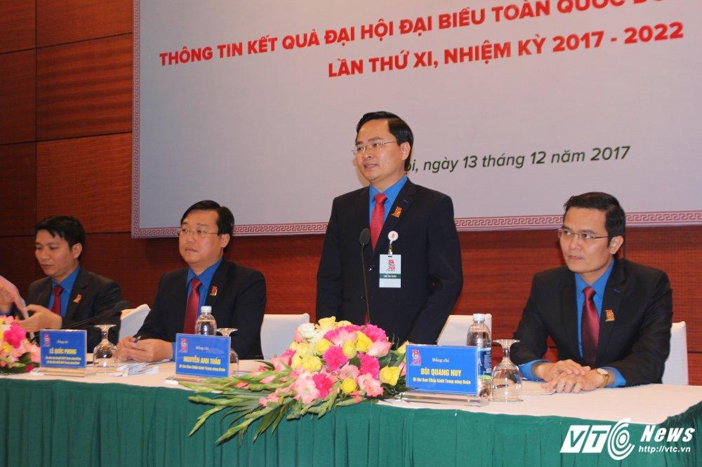 Bi thu Trung uong Doan bac thong tin tang chen ngoc cho dai bieu du Dai hoi Doan toan quoc hinh anh 1