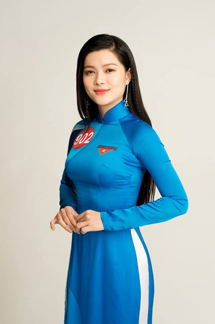 Nu sinh Hoa khoi Sinh vien Viet Nam 2017 duyen dang trong ta ao dai khien van nguoi me dam hinh anh 4