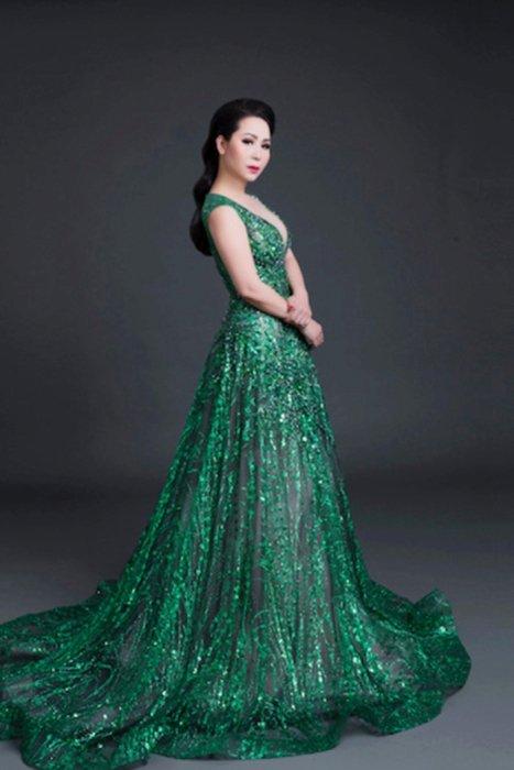 Nu hoang Kim Chi: 'Nhung bo vay long lay khong tao nen gia tri cua chinh ban than ban' hinh anh 4