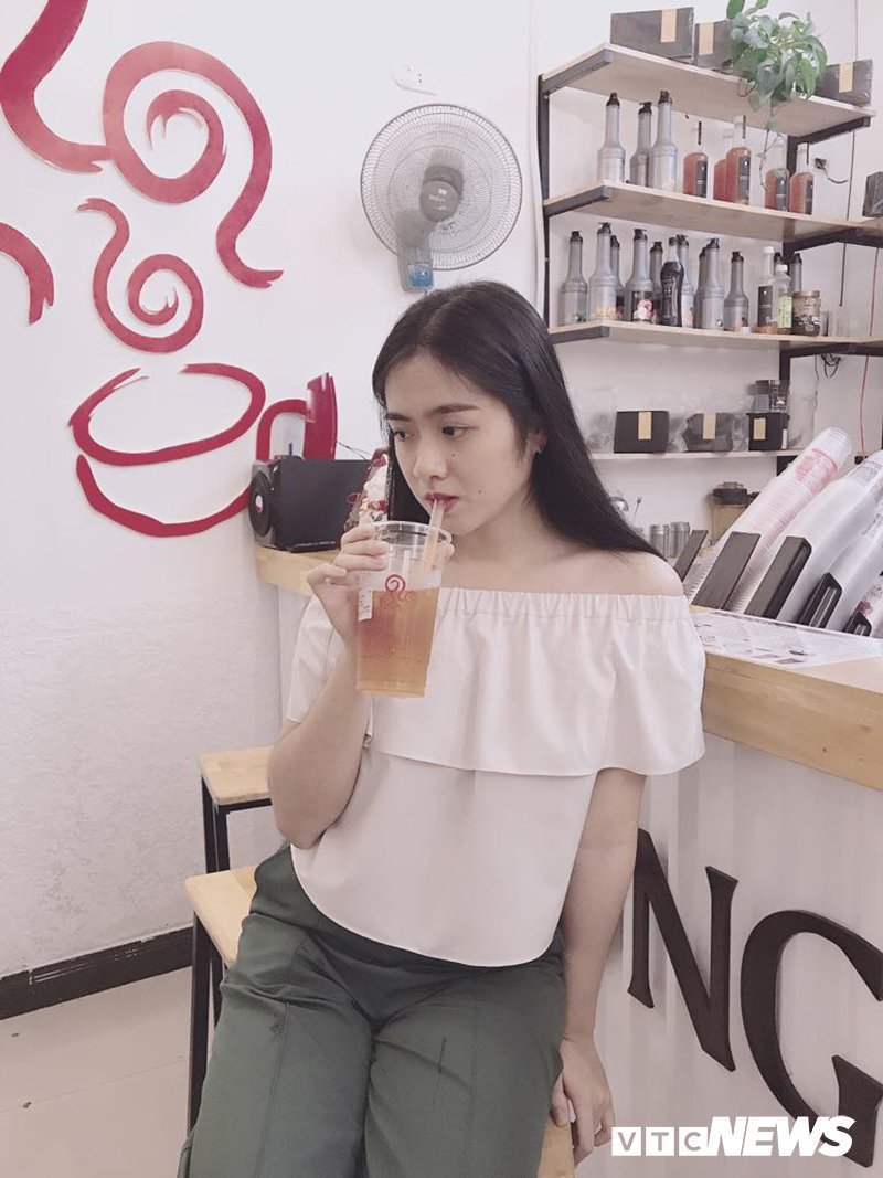 Ngam ve dep van nguoi me cua 'hot girl' Dai hoc Kiem sat Ha Noi hinh anh 8