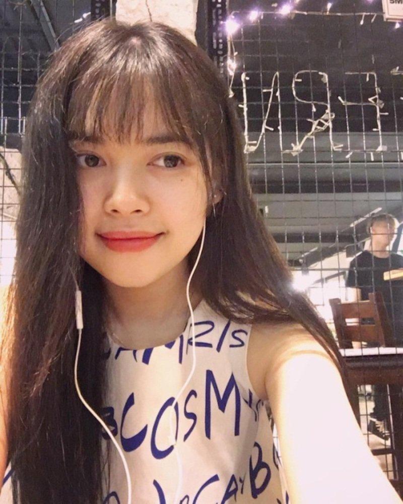 Nu giang vien xinh dep DH Xay dung lot top 15 thi sinh tai nang Hoa hau Hoan vu 2017 hinh anh 10