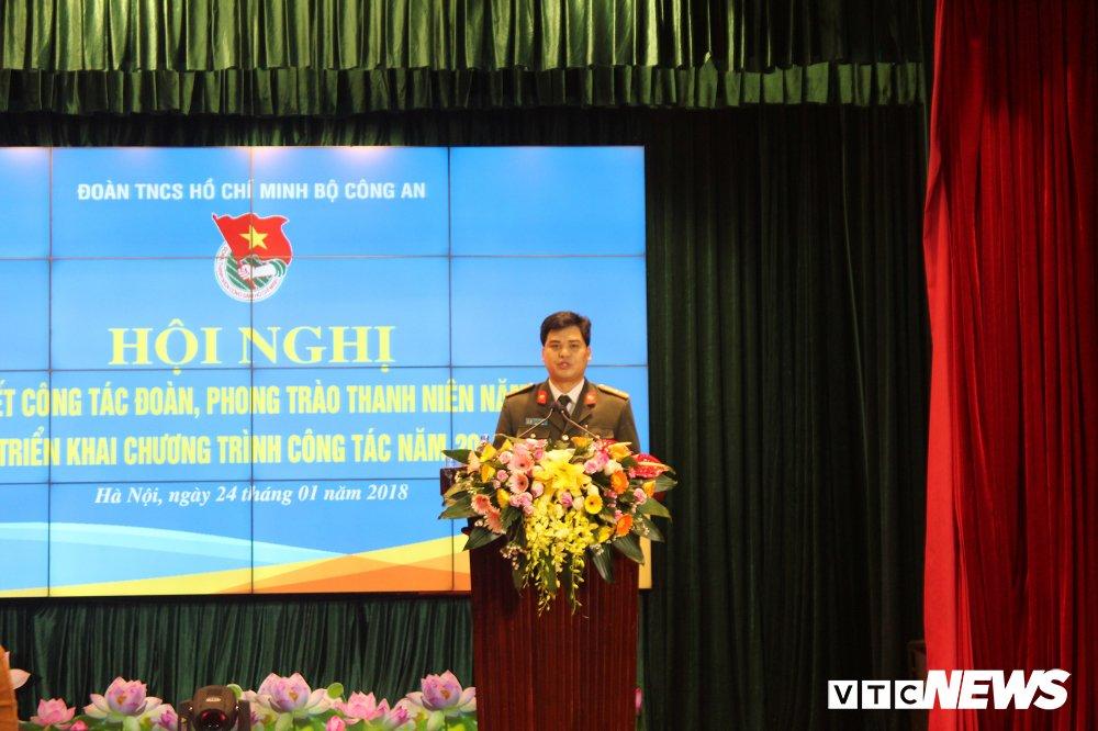 Bo Cong an thuong nhung ca nhan, tap the xuat sac trong cong tac Doan hinh anh 2
