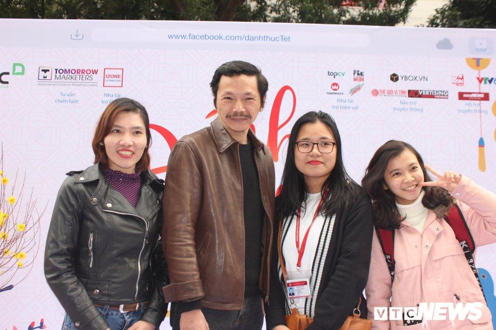 'Ong trum Phan Quan', Luong Bong trong 'vong vay' cua sinh vien Ngoai thuong hinh anh 8