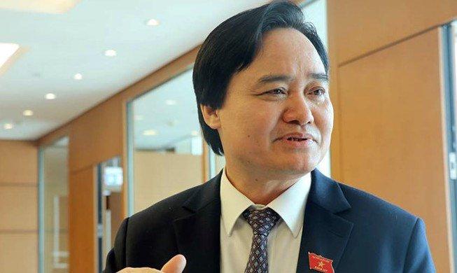 Bo truong Phung Xuan Nha: Giao duc van con lam 'nong' du luan hinh anh 1