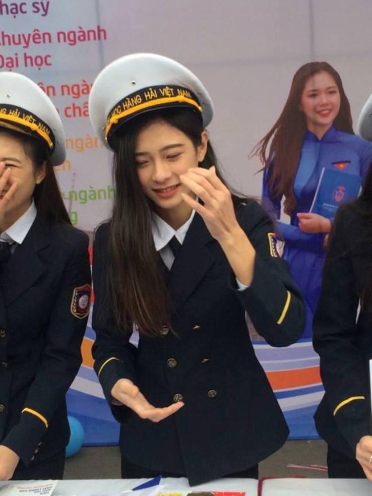 Nu sinh Hai Phong xinh dep duoc vi la 'ban sao' thanh vien nhom SNSD hinh anh 2