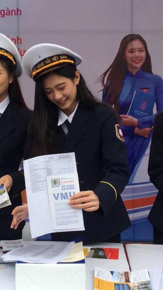 Nu sinh Hai Phong xinh dep duoc vi la 'ban sao' thanh vien nhom SNSD hinh anh 1