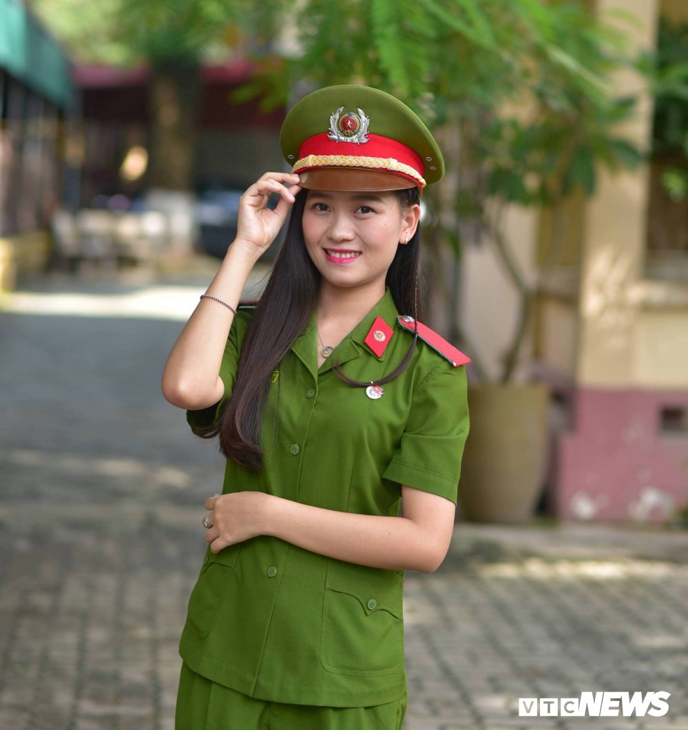 'Bong hong' PCCC Quang Binh chia se ky niem dang nho khi moi vao nghe hinh anh 1