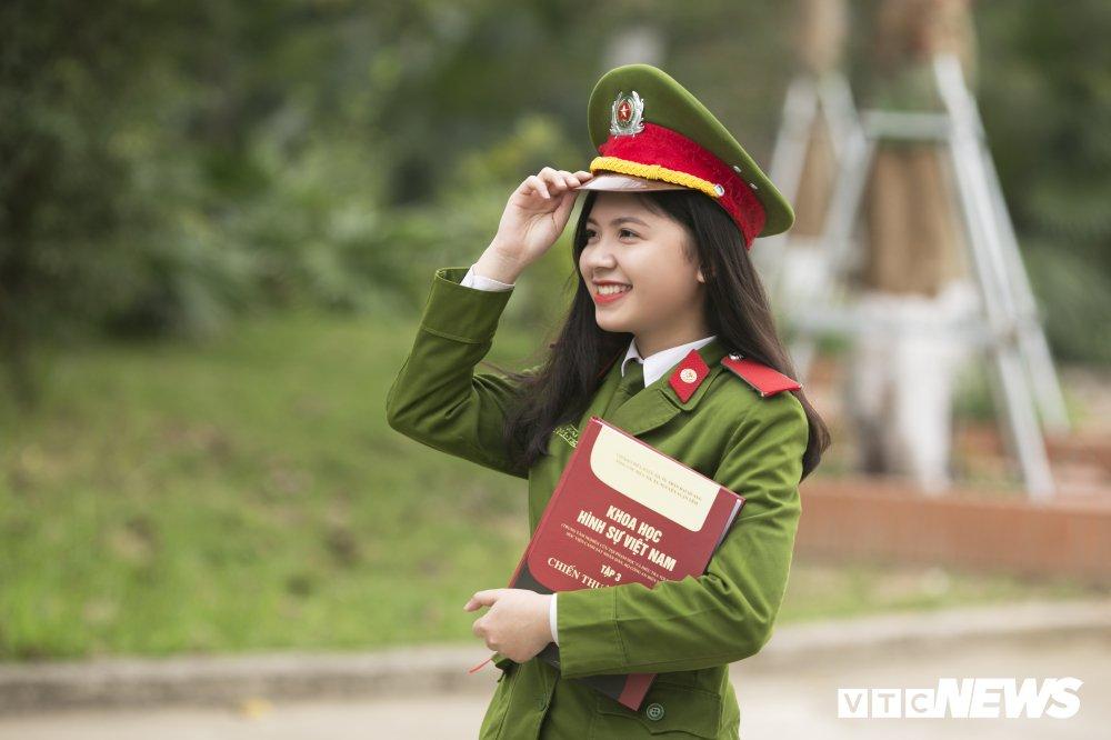 'Net dep sinh vien chuyen nganh Canh sat dieu tra nam 2018' qua 10 buc anh dac biet hinh anh 7
