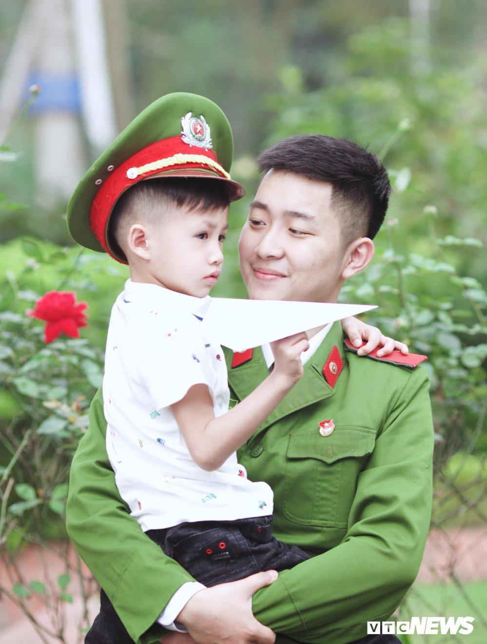 'Net dep sinh vien chuyen nganh Canh sat dieu tra nam 2018' qua 10 buc anh dac biet hinh anh 3