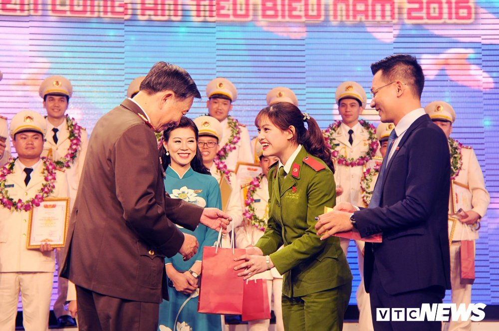 'Net dep sinh vien chuyen nganh Canh sat dieu tra nam 2018' qua 10 buc anh dac biet hinh anh 8