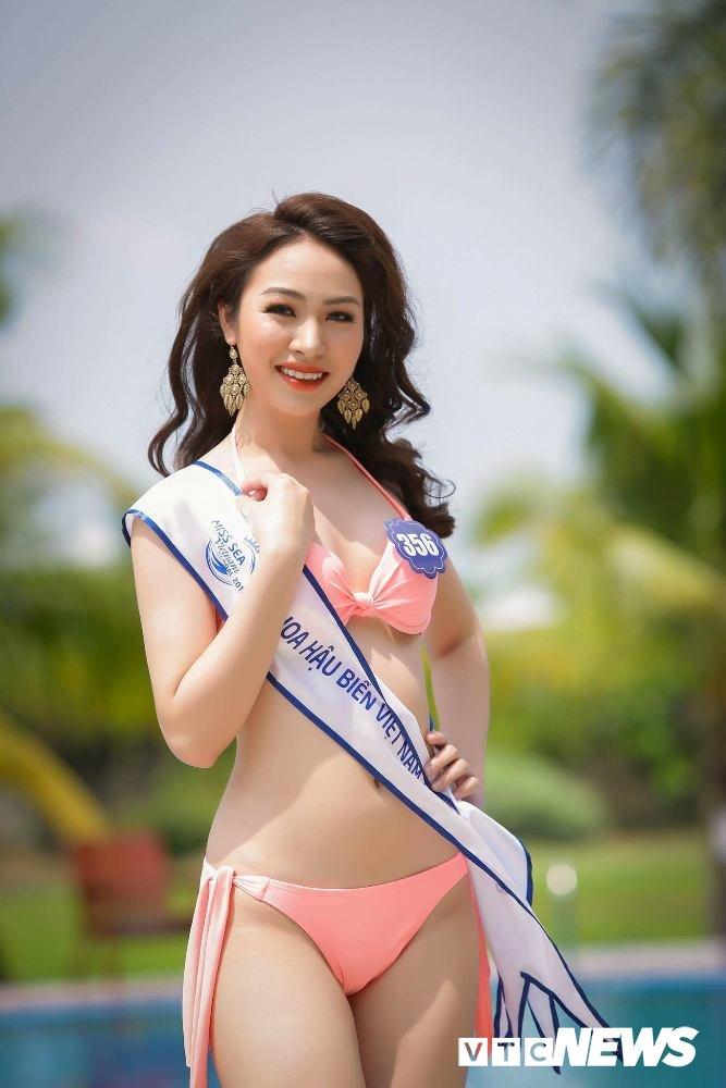 Dan thi sinh Hoa hau Bien VN 'dot mat' nguoi xem trong trang phuc bikini hinh anh 8