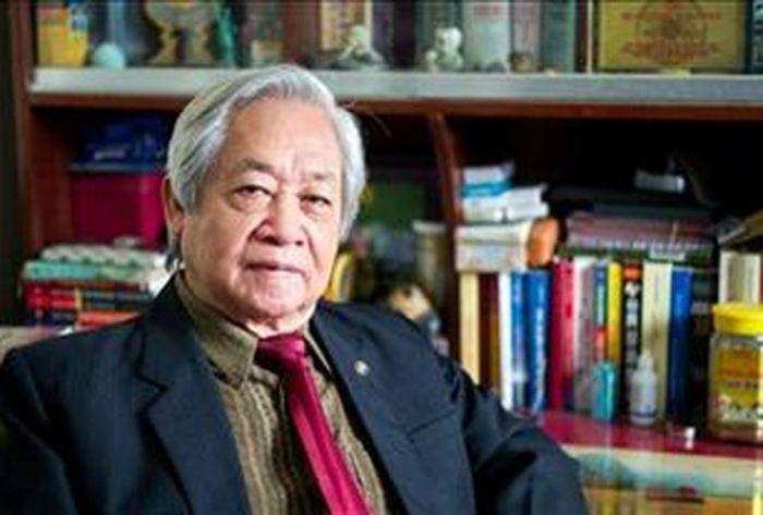 GS.TS Pham Tat Dong: 'Bat hoc sinh uong nuoc giat gie lau bang la nhuc hinh' hinh anh 1