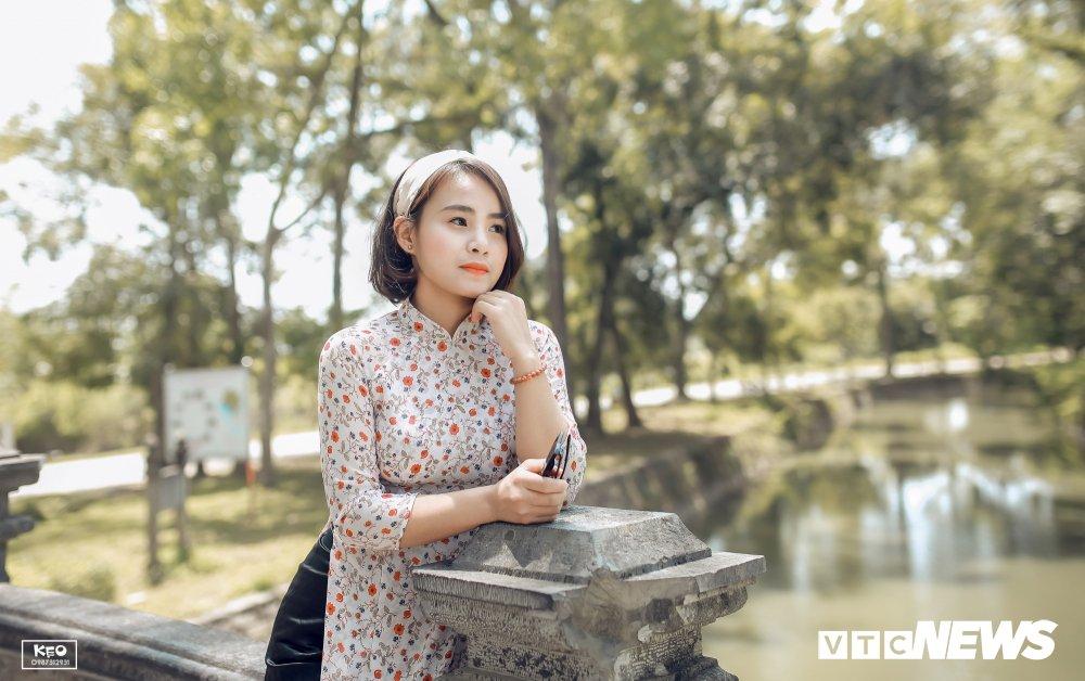Anh ky yeu 'Co Ba Sai Gon' cua hoc sinh Thanh Hoa gay 'sot' hinh anh 7