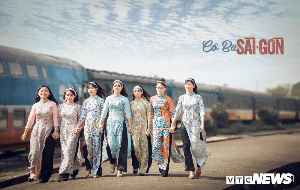 Anh ky yeu 'Co Ba Sai Gon' cua hoc sinh Thanh Hoa gay 'sot' hinh anh 2