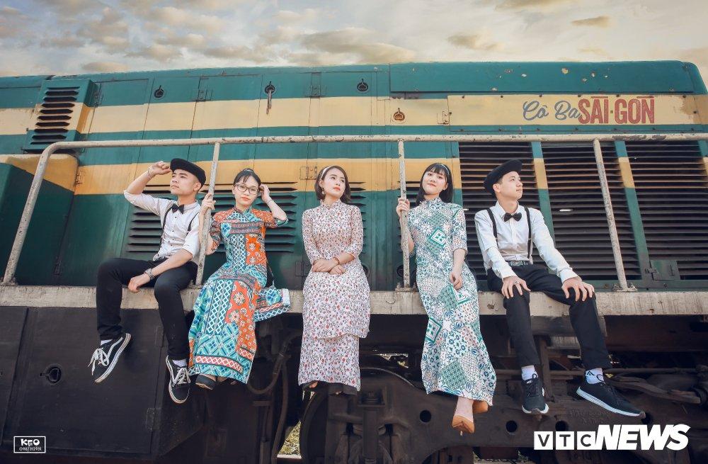 Anh ky yeu 'Co Ba Sai Gon' cua hoc sinh Thanh Hoa gay 'sot' hinh anh 13