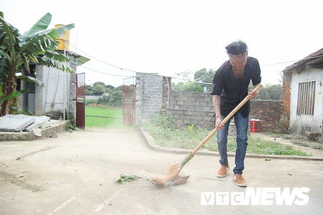 Anh: 'Nguoi ca' Ngo Van Tho dung cam livestream tren facebook de khong bi 'hoa tan' hinh anh 15