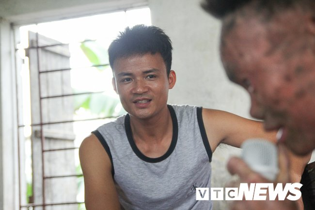 Anh: 'Nguoi ca' Ngo Van Tho dung cam livestream tren facebook de khong bi 'hoa tan' hinh anh 11