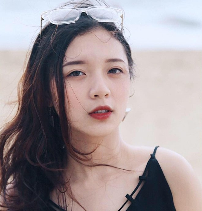 'Hot girl bao chi' dan nhieu chuong trinh cua VTV dang lam chao dao cong dong mang hinh anh 11