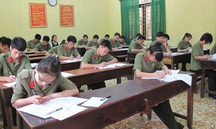 Truong Van hoa I – Bo Cong an: Thoi gian kham suc khoe, kiem tra tieng dan toc hinh anh 1