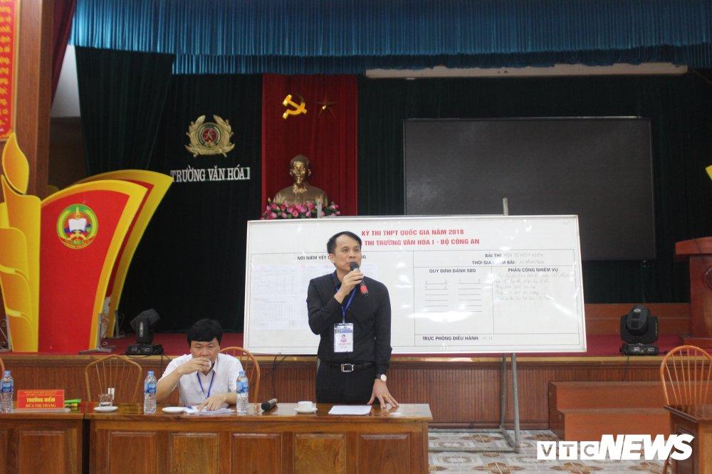 Thi THPT Quoc gia 2018: Thu truong Bo GD-DT thi sat diem thi tai Thai Nguyen hinh anh 3
