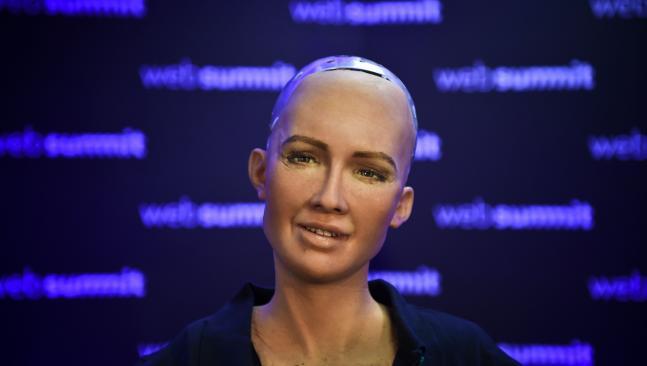 Robot Sophia noi tieng nhu the nao truoc khi toi Viet Nam? hinh anh 3
