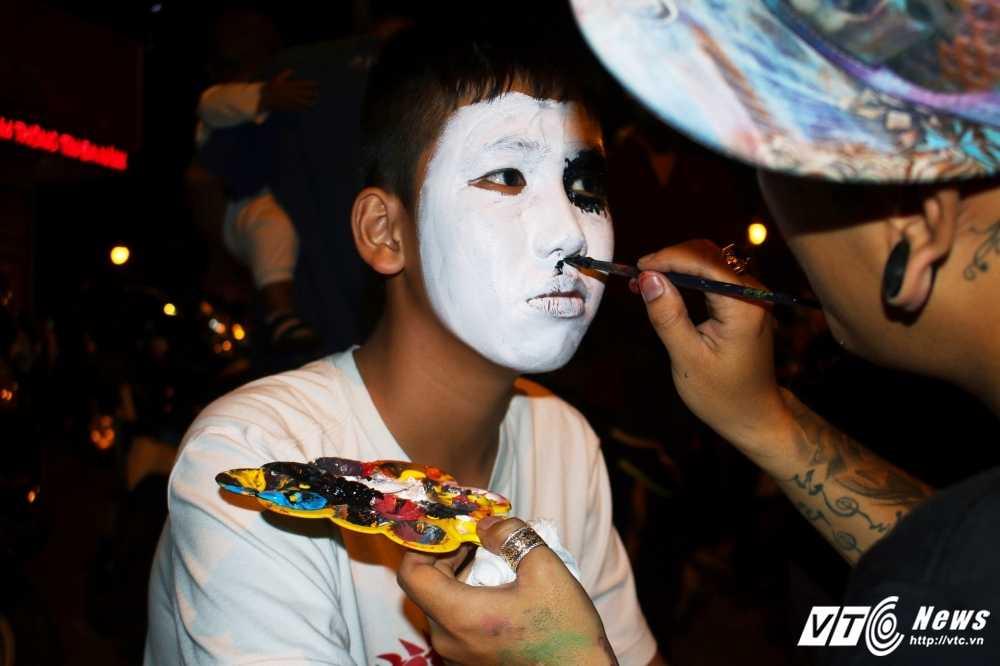 Gioi tre Sai Gon 'chat lu' don Halloween hinh anh 4