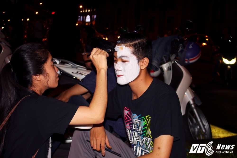 Gioi tre Sai Gon 'chat lu' don Halloween hinh anh 3