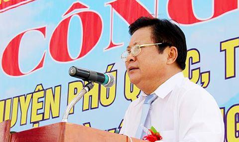 Ong Dinh Khoa Toan roi chuc vu Chu tich huyen dao Phu Quoc hinh anh 1