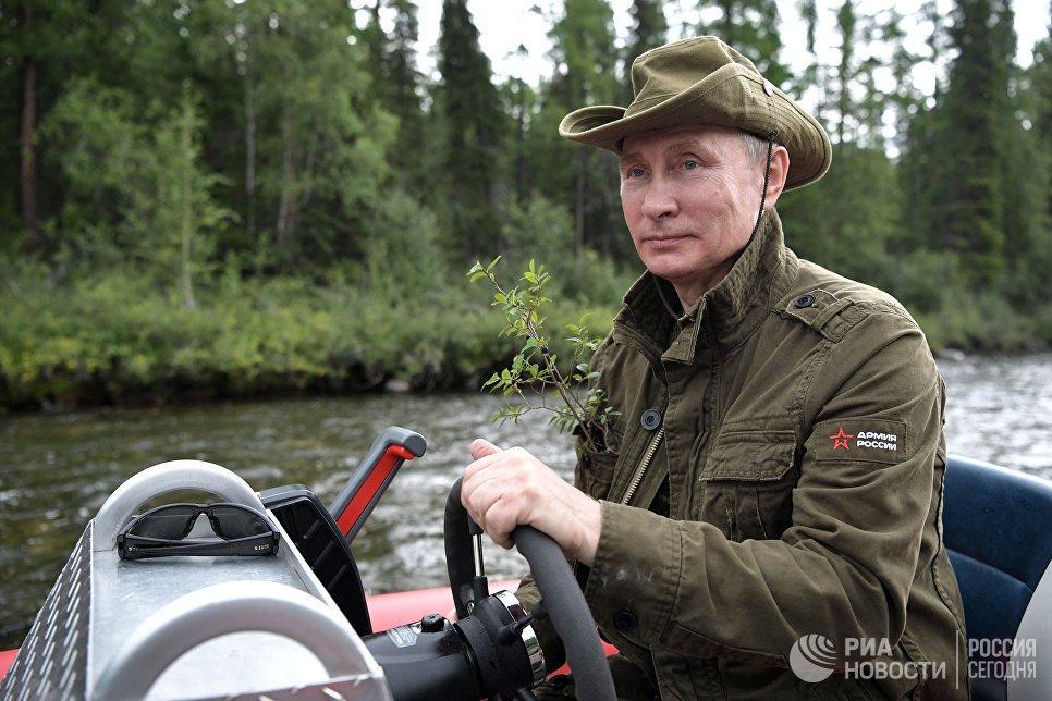 Anh: Tong thong Putin minh tran san ca o Siberia hinh anh 2