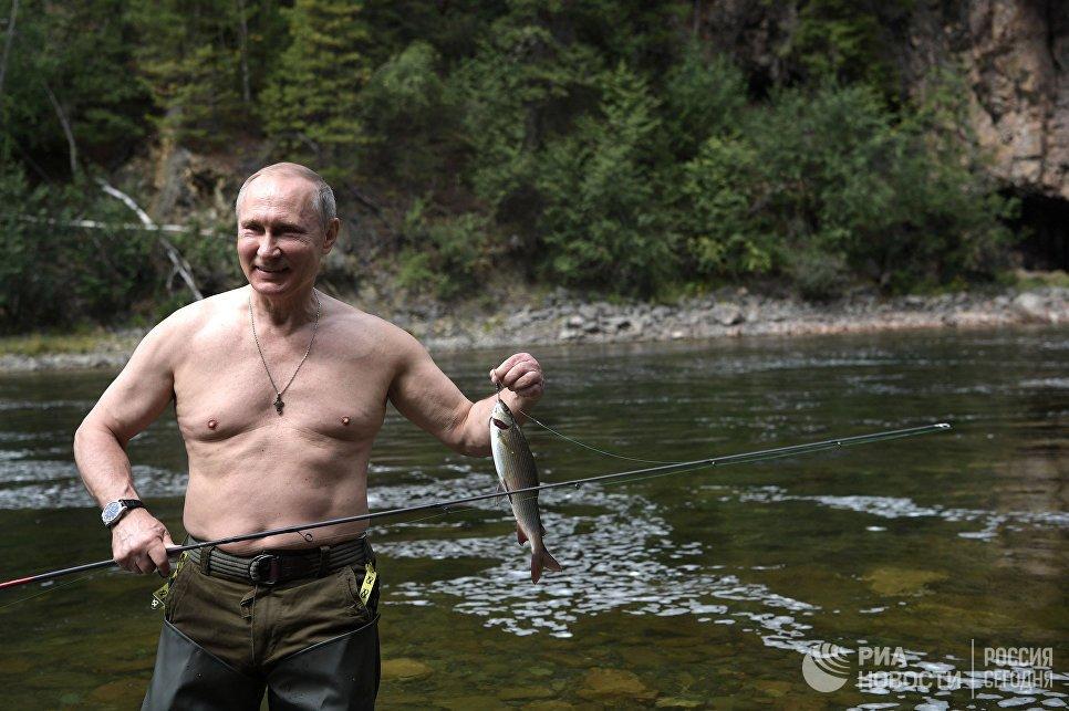Anh: Tong thong Putin minh tran san ca o Siberia hinh anh 3