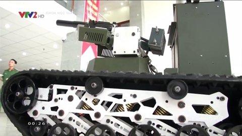 Viet Nam che tao robot chien dau sanh ngang Nga hinh anh 2