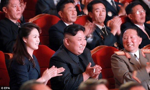 Anh vo ong Kim Jong-un xuat hien trong le an mung thu thanh cong bom nhiet hach hinh anh 1