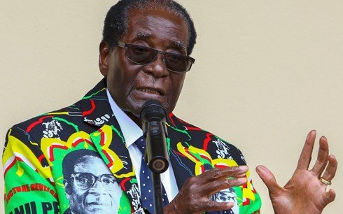 Robert Mugabe: Anh hung cach mang hay nguoi kim ham Zimbabwe? hinh anh 1