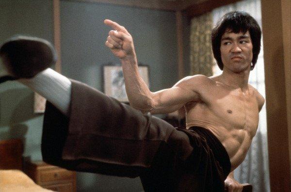 Bi an tran thuc chien giua Ly Tieu Long va nha vo dich boxing bat bai hinh anh 3
