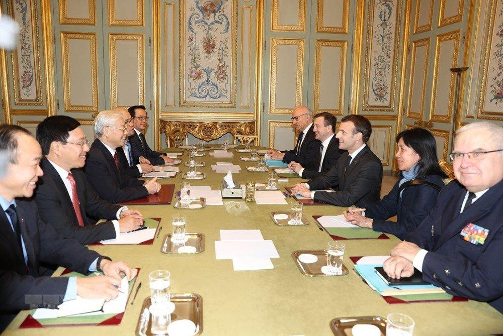 Tong Bi thu Nguyen Phu Trong hoi dam voi Tong thong Emmanuel Macron hinh anh 2