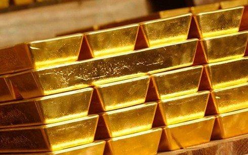 Gia vang hom nay 10/5: Giá vàng trong nuóc nguọc chièu the gioi hinh anh 1